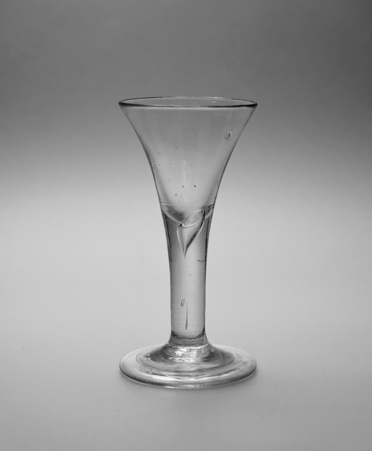 Plain stem wine glass C1750.