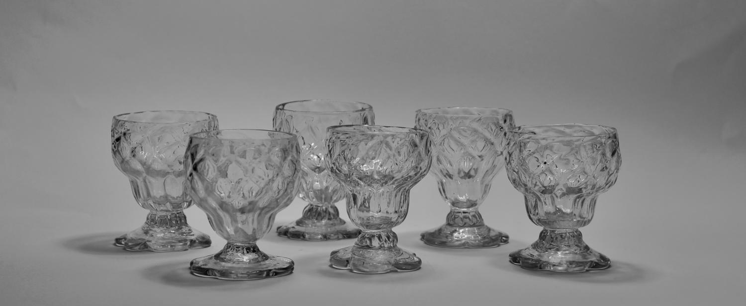 Six bonnet glasses C1780
