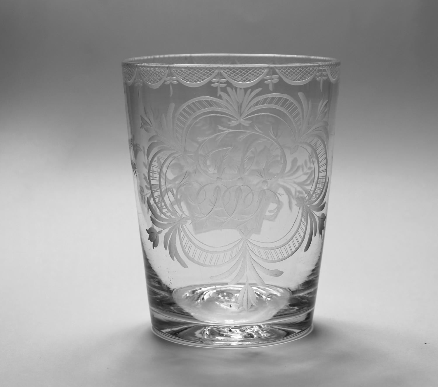 Engraved tumbler English C1800.