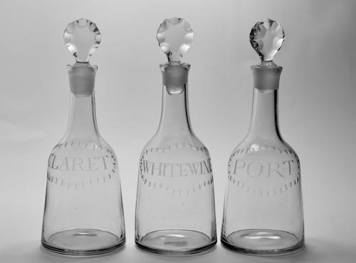 Set of three mallet decanter C1770