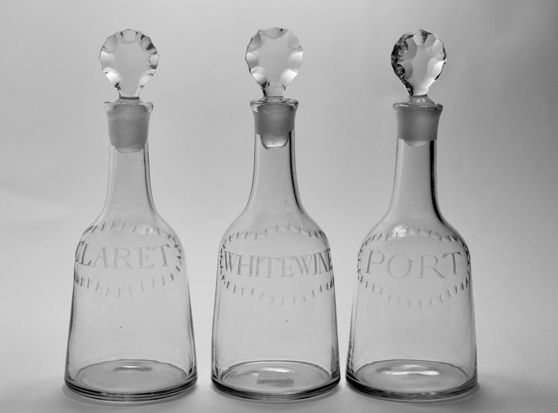 Set of three mallet decanter C1770