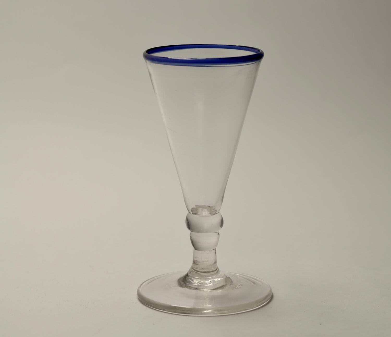 Blue rim ale glass C1800