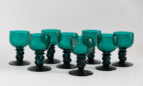 Set of eight green wine glasses C1830