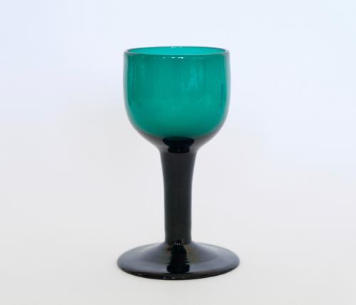Plain stem green wine glass C1780