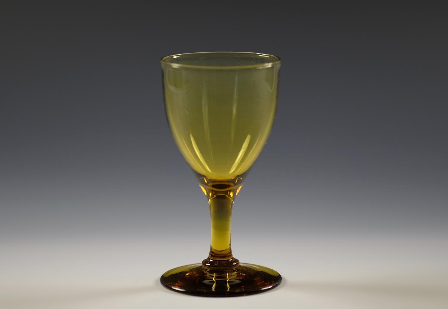 Amber wine glass C1830
