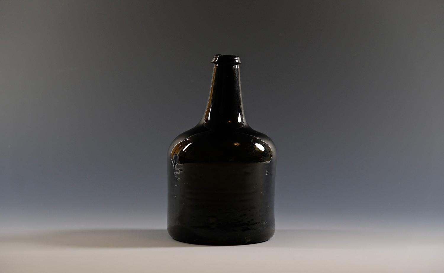 Mallet wine bottle English C1750