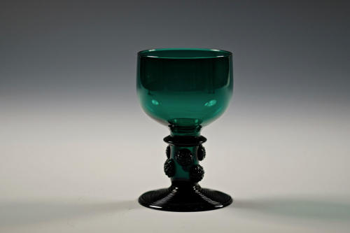 Green wine glass C1830