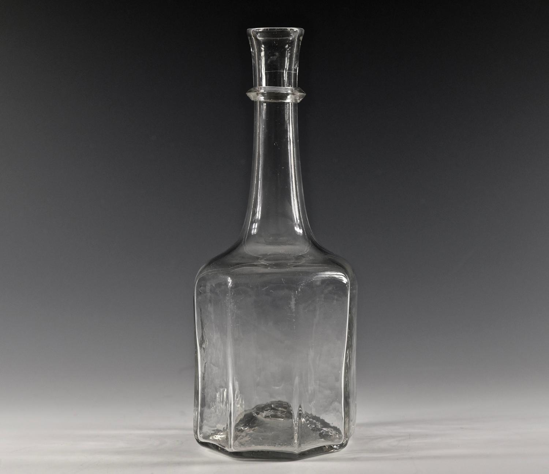 Rare octagonal serving bottle English C1720