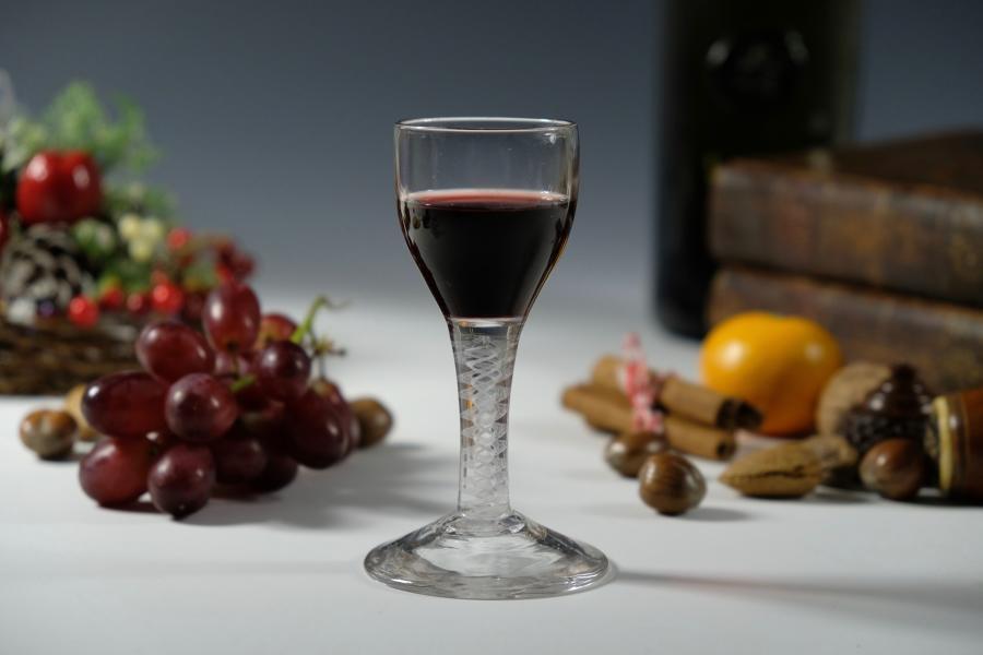 Double series opaque twist wine glass English C1765