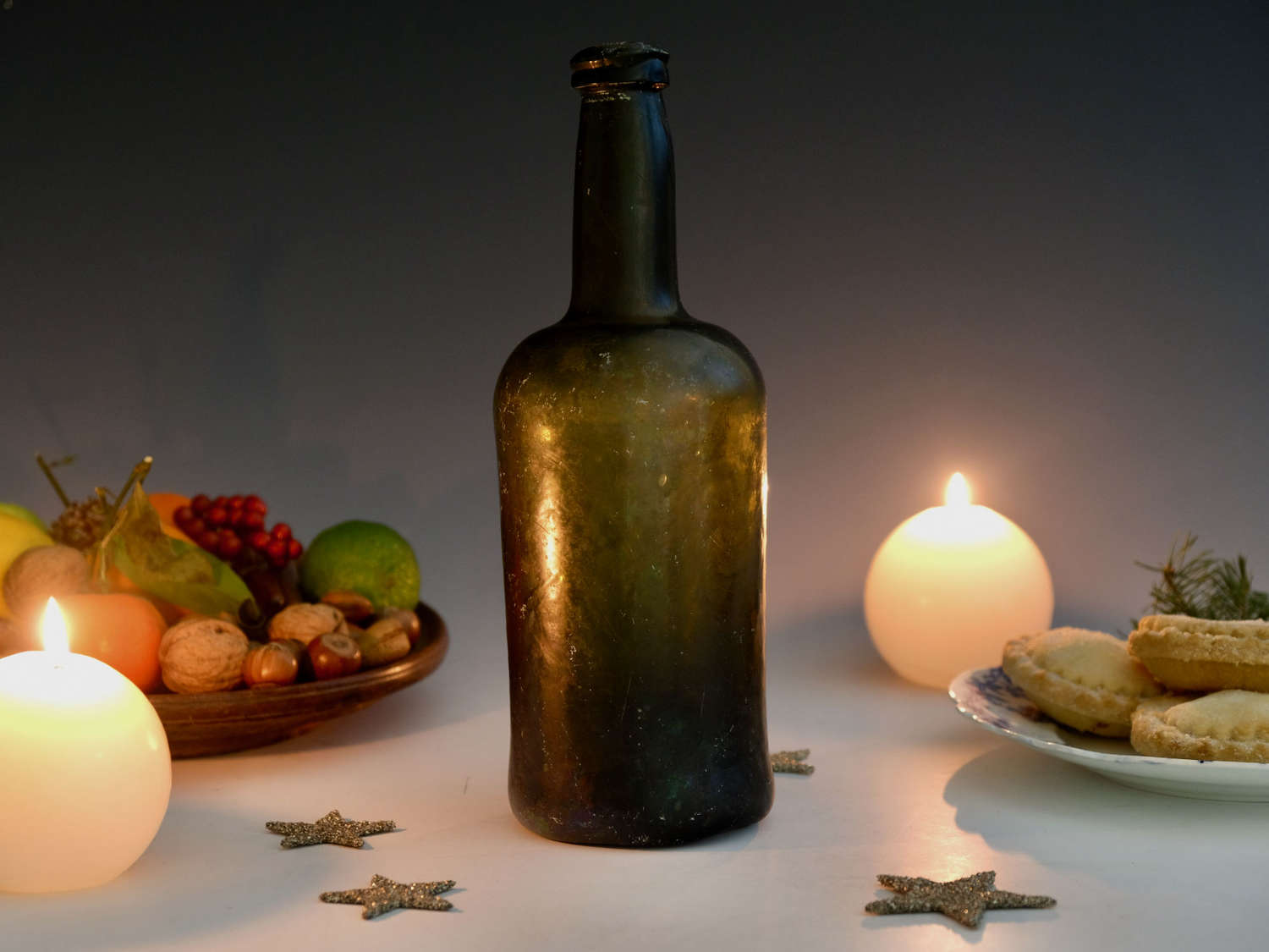 Wine bottle dark green cylinder C1780