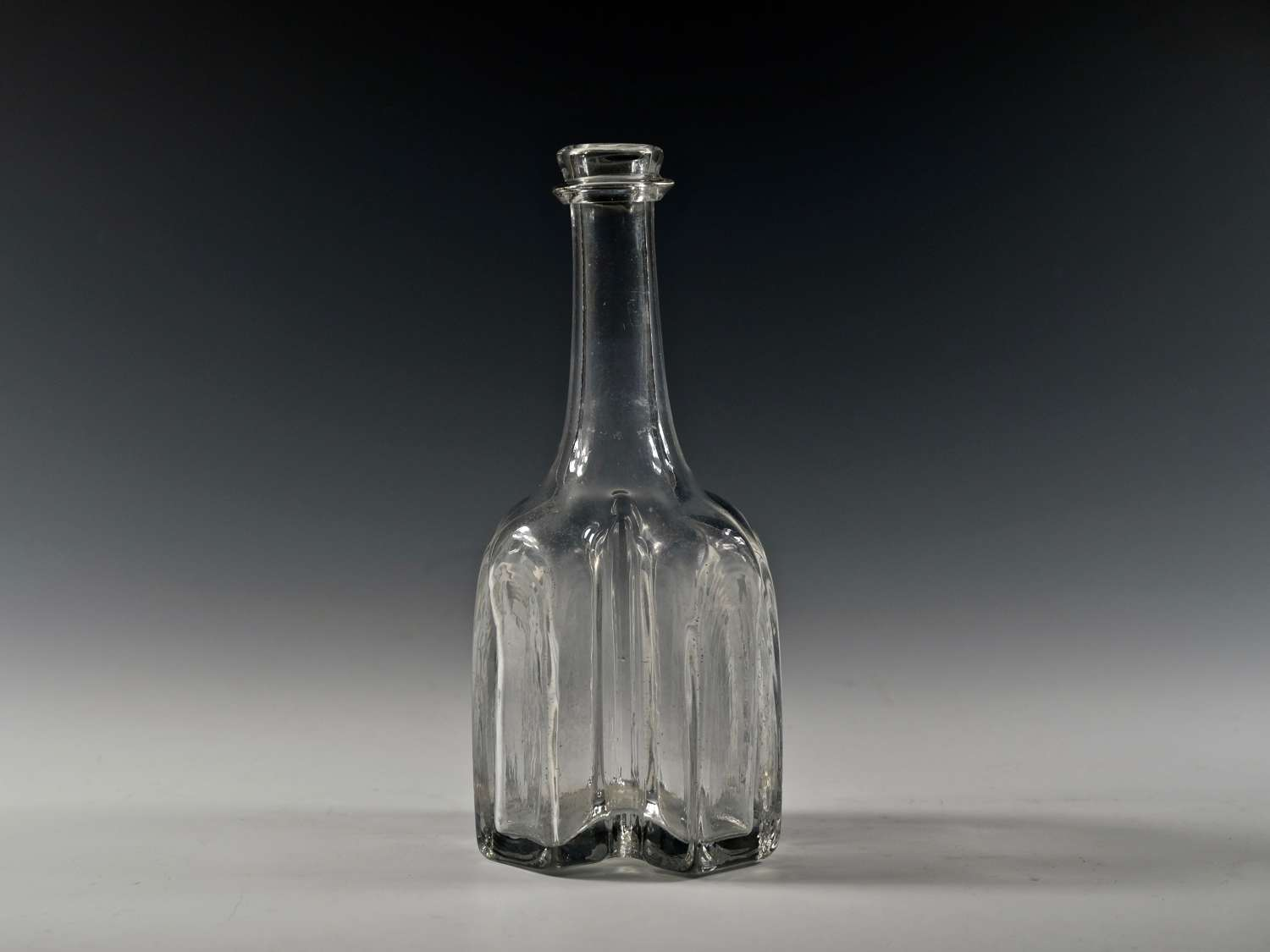 Cruciform serving bottle English C1735