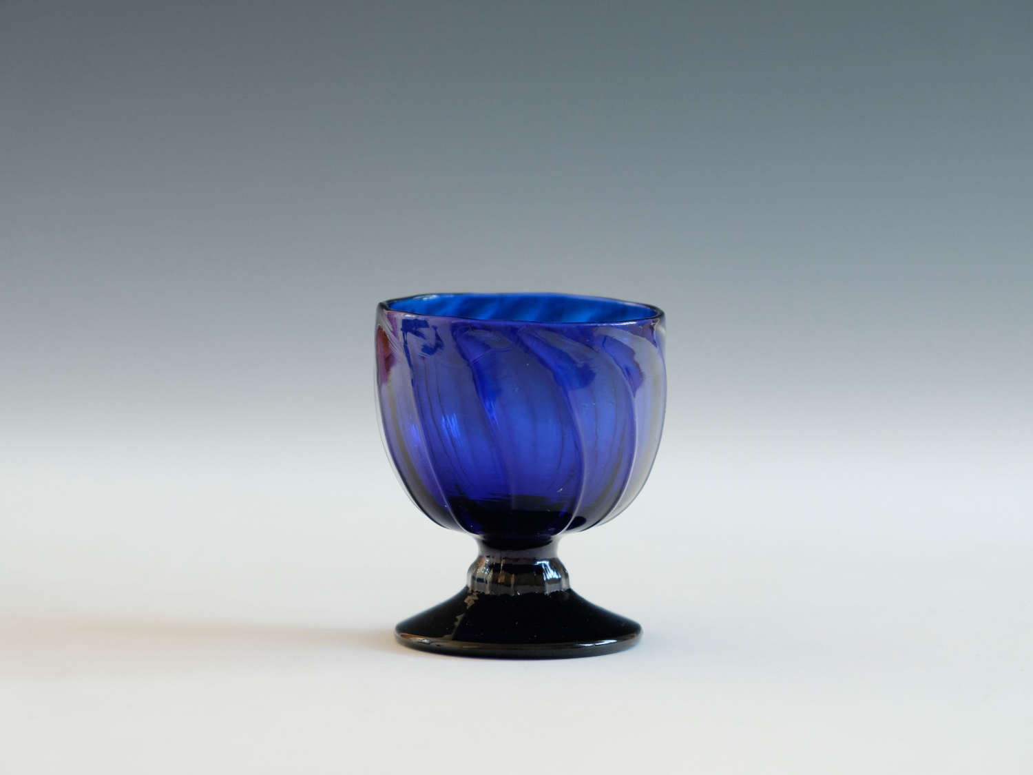Blue bonnet glass English C1780