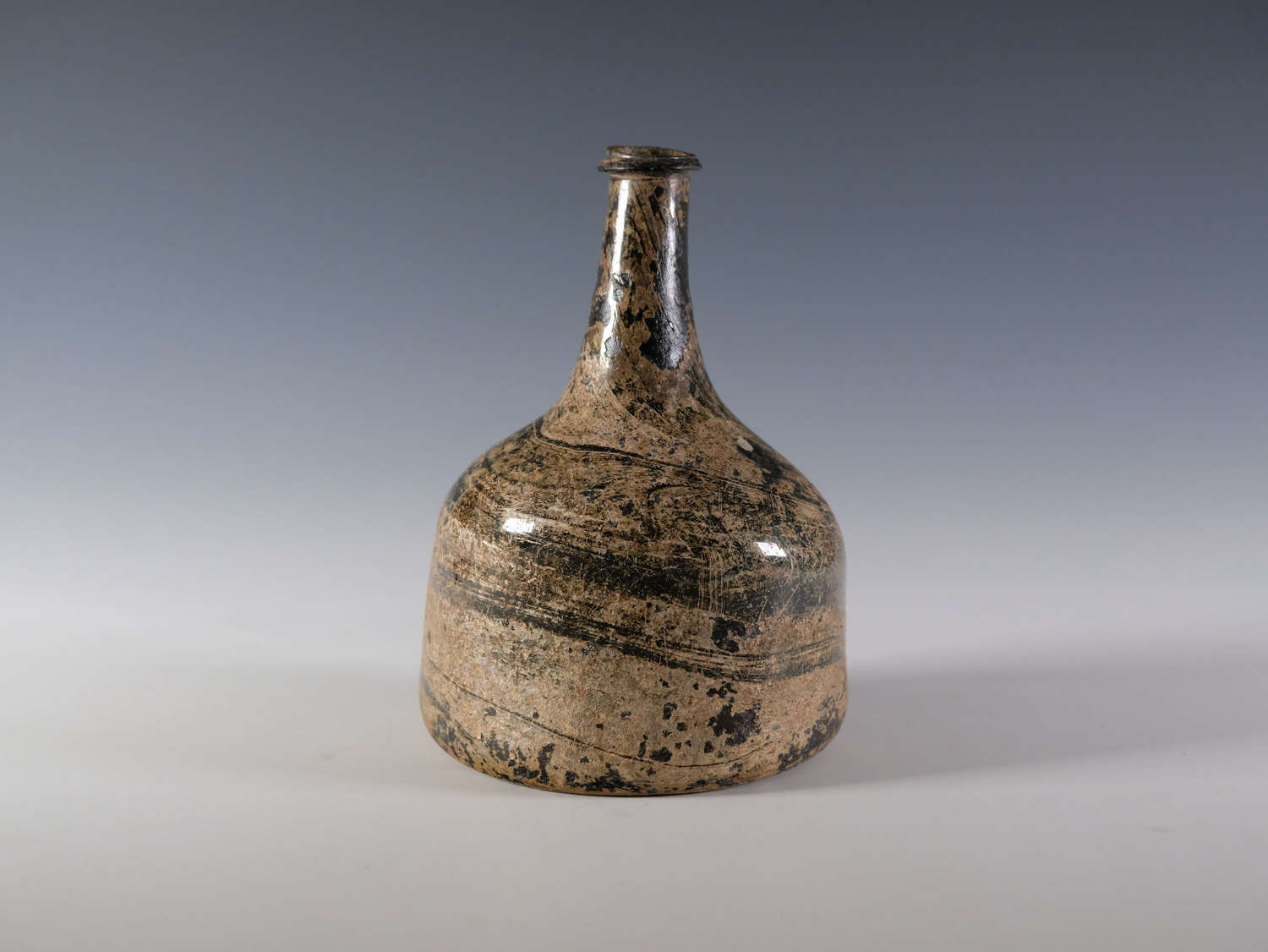 Wide bodied mallet decanter English c1725