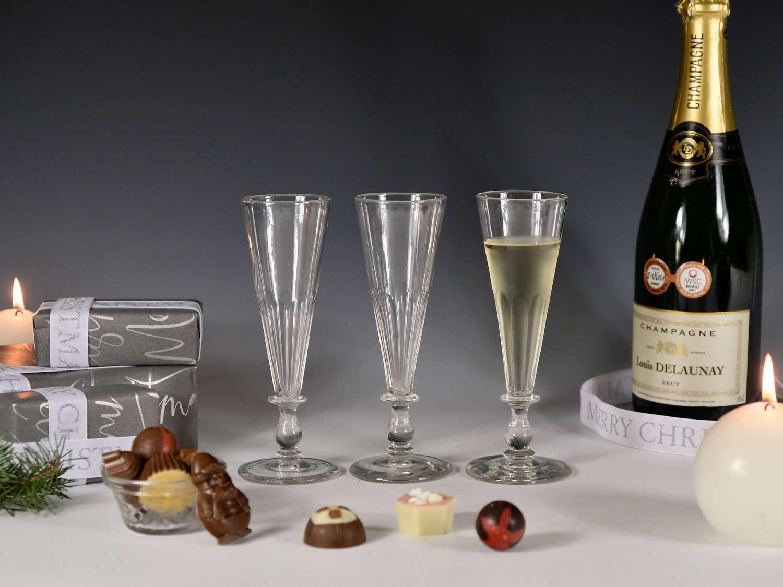 Three champagne flutes English c1830
